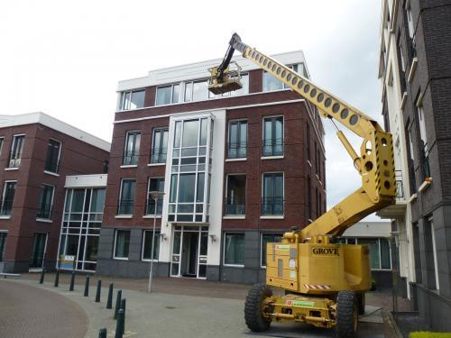 Schilderwerk op grote hoogte te Zoetermeer 3