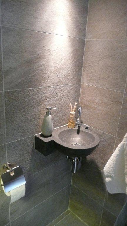 Renovatie toilet Den Haag 0