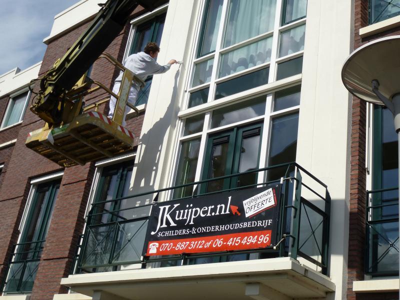 Schilderwerk op grote hoogte te Zoetermeer 1