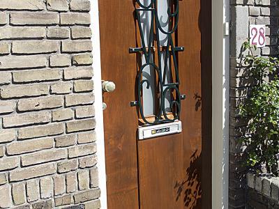 Voordeur lakken Voorburg