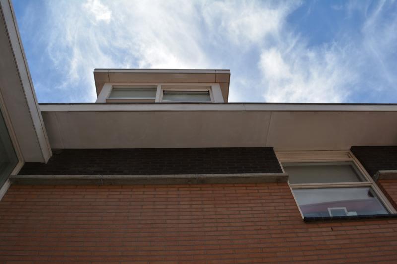 Opgeschuurde boeidelen en dakkapel