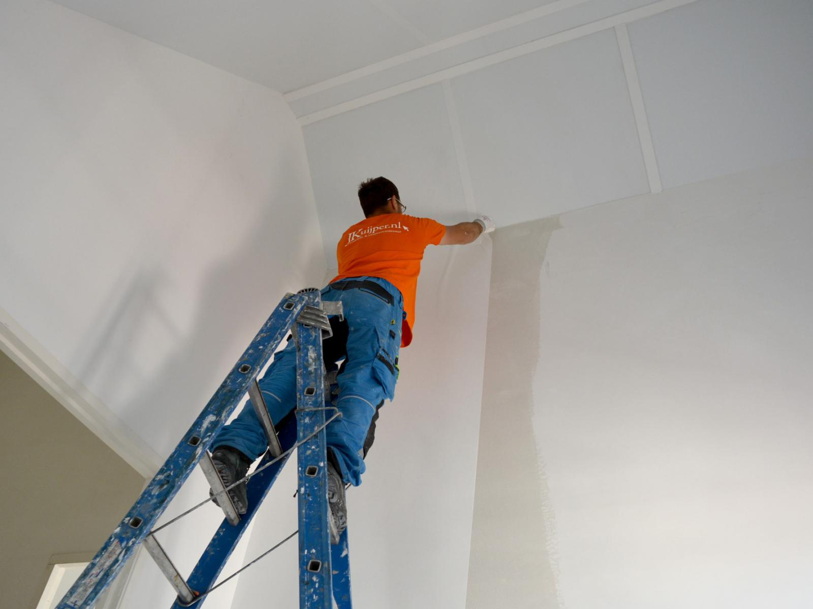 Strakke muren met renovlies behang!