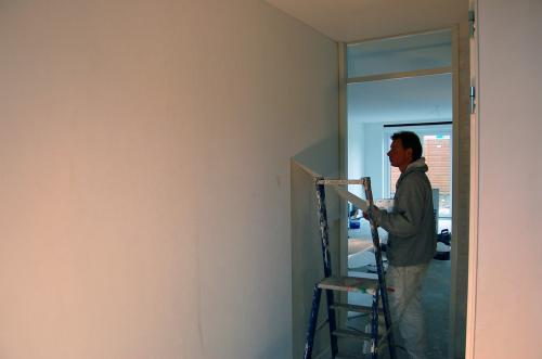 Vliesbehang aanbrengen in woning Den Haag 2