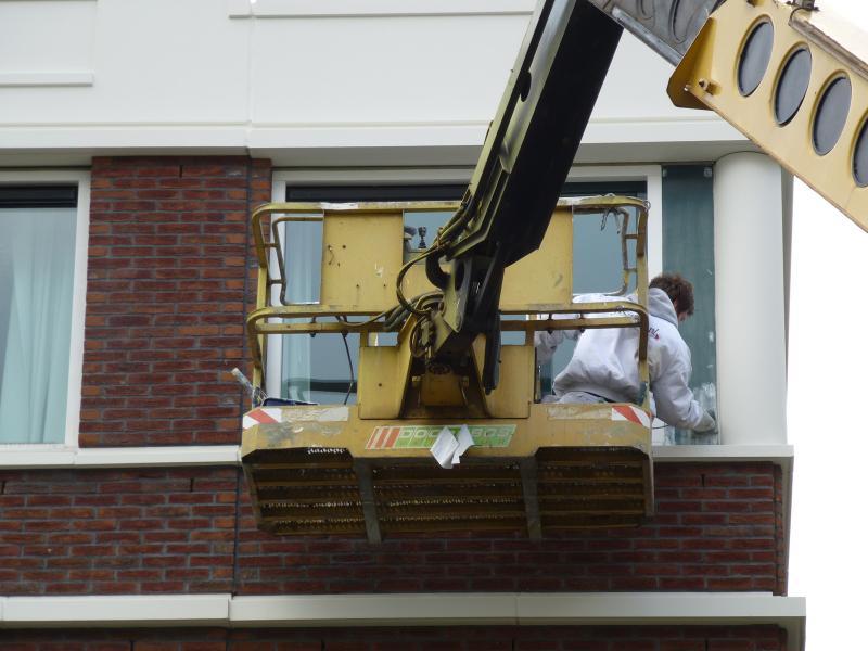 Schilderwerk op grote hoogte te Zoetermeer 5
