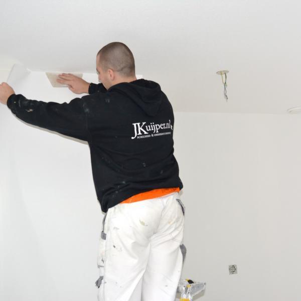 Schilder den haag schilderwerk den haag j kuijper for Renovlies behang aanbrengen