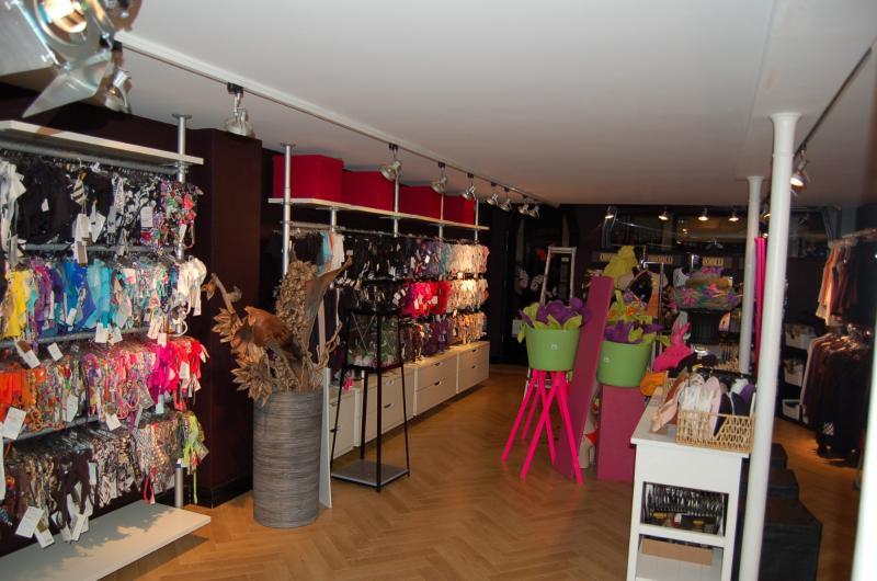 Binnenschilderwerk winkelruimte Zoetermeer 11