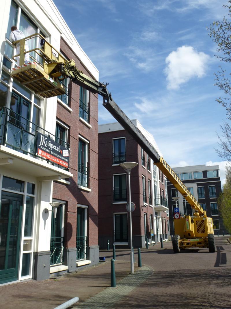 Schilderwerk op grote hoogte te Zoetermeer 2