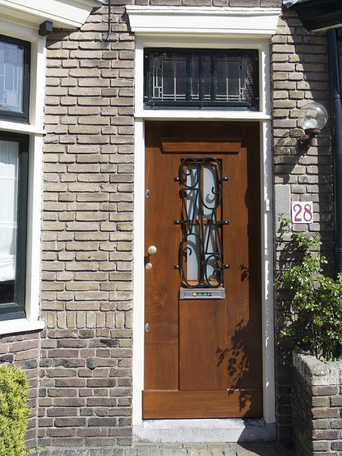 Voordeur lakken Voorburg 0