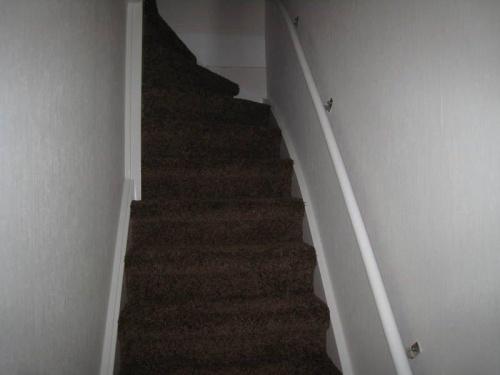 Schilderen deuren en trappenhuis te Leidschendam 1