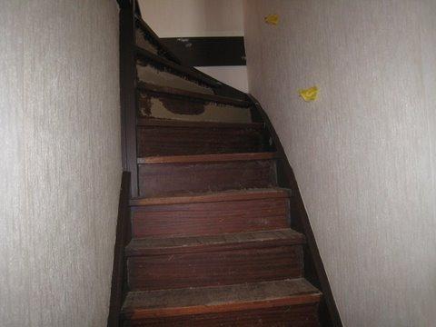 Schilderen deuren en trappenhuis te Leidschendam 9